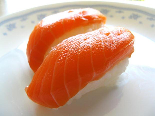 salmon_sushi.jpg