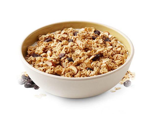 Quaker Natural Granola, Low-Fat - 25
