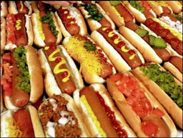 Wash. jury acquits man of stealing 99-cent hot dog