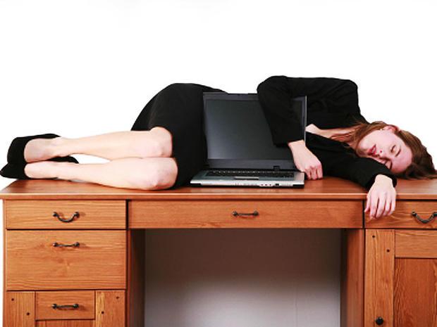 woman-on-desk-4x3.jpg