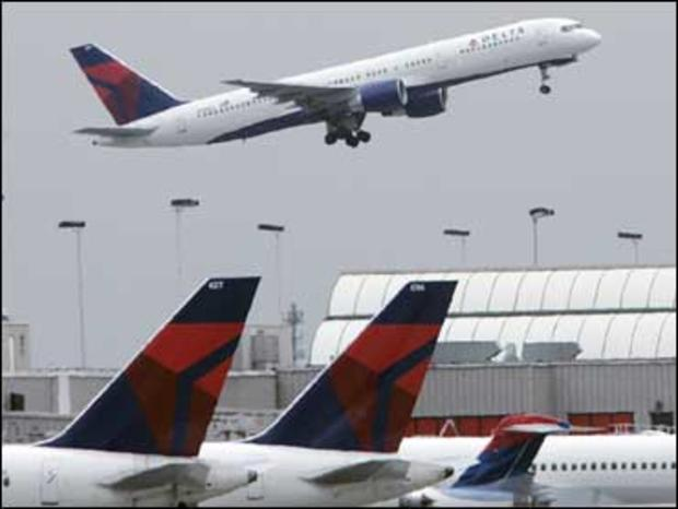 Passenger Accused of Sexually Assaulting Sleeping Woman on Plane