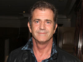 Mel Gibson reaches plea agreement with prosecutors, will face misdemeanor battery charge