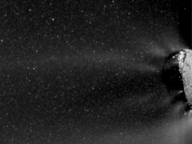 A Comet Runs into a Snowstorm - Really