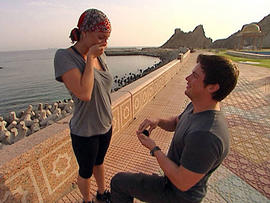 """Chad  Waltrip proposes to Stephanie Smith in Oman on the Nov. 14  episode of """"The Amazing Race."""" (CBS Photo)"""