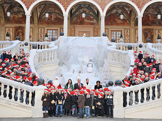 Holidays at the World's Palaces