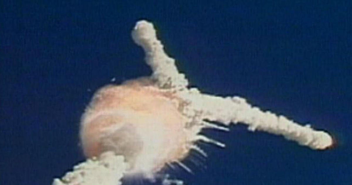 the details of the tragic challenger explosion Summary: explains the challenger explosion, including its chronology, causes, and lasting effects-- rating: (not yet rated) 0 with reviews - be the first details genre/form: juvenile works juvenile literature.