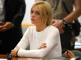 Lindsay Lohan To Consider No-Jail Plea Bargain, Her Lawyer Says