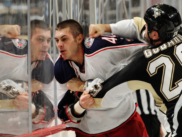 sports_nhl_fights_108925523.jpg