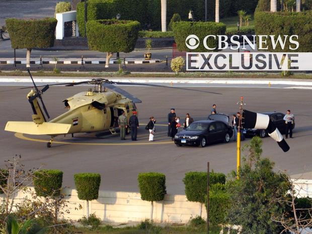 Mubarak leaves Cairo