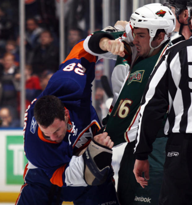 nhl_hockey_fights_109752946.jpg