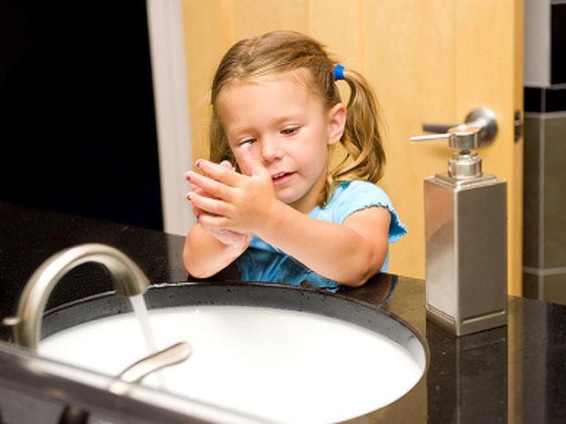 washing_hands_iStock_000010.jpg