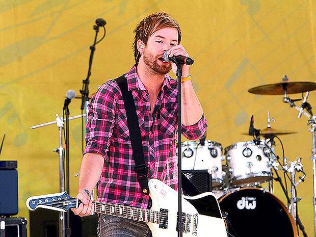 American Idol: 7 stars who sing through sickness