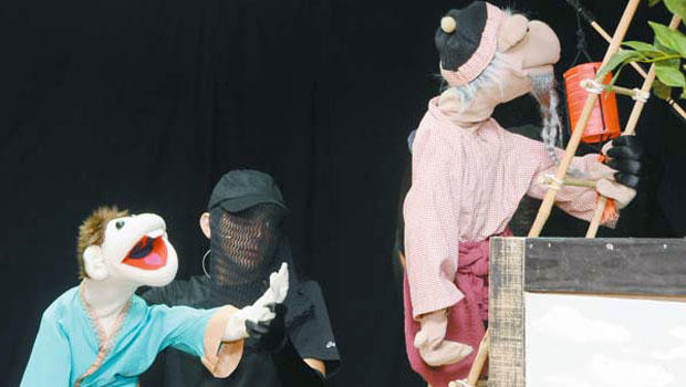 Giant puppets robbed from Hawaii troupe, no strings attached