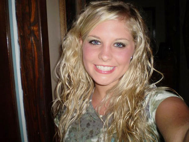 "Holly Bobo searchers make ""significant"" find in hunt for Tenn. student, says report"