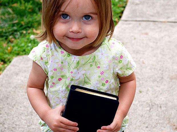girl_book_iStock_0000033476.jpg