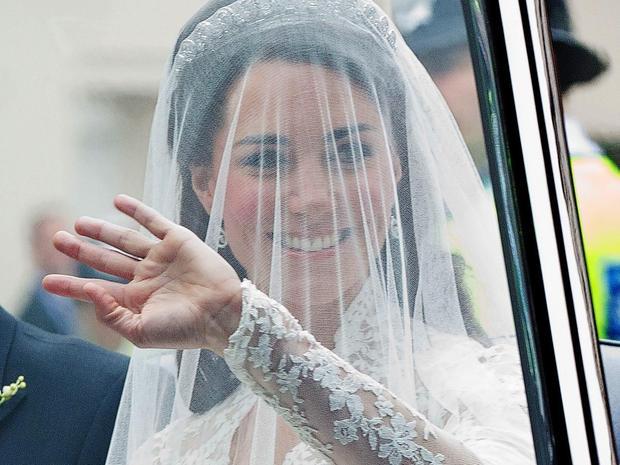 katemiddleton-weddingdress-getty-113264708_10-wide.jpg