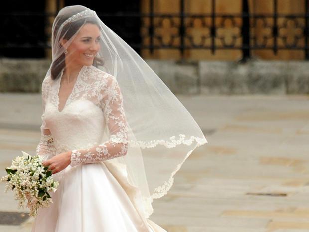 royalwedding_kate_dress_113265118.jpg