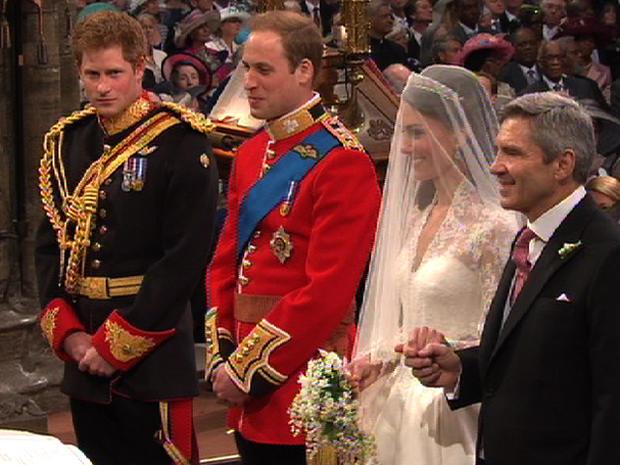 royalwedding_kate_will_alter_smile.jpg