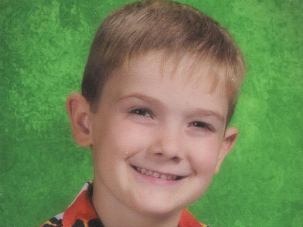 6-year-old Timothy Pitzen missing, mother found dead in Ill. motel room