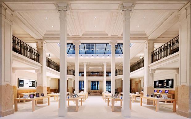 Opera-France-Apple.jpg