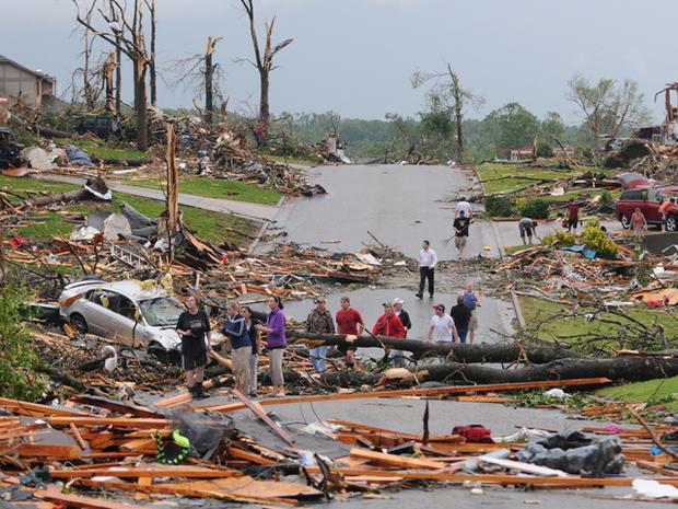 joplin_tornado_AP110522084711.jpg