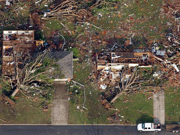 tornado_AP110524146401.jpg