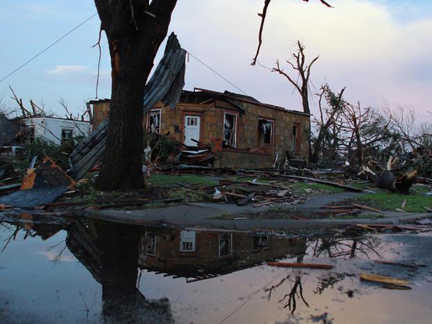 joplin_tornado_114572119.jpg