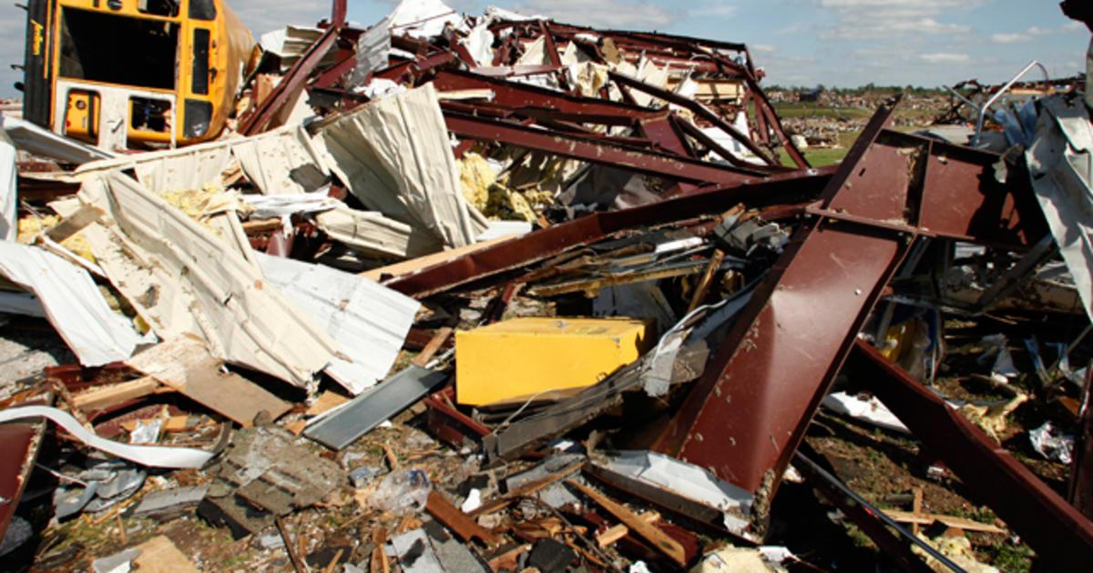 Joplin tornado death toll raised to 132