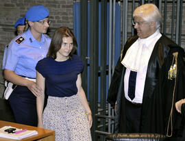 "Inmate testifies Amanda Knox ""innocent"""