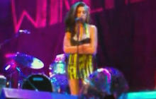 Amy Winehouse appears drunk on stage
