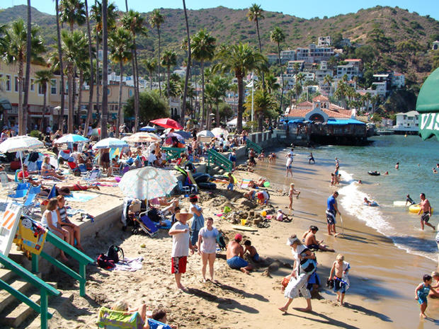 Top 10 dirtiest beaches in America