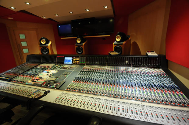 Studio 2 - Abbey Road: Inside the world's most famous sound studio
