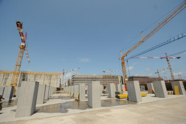 2nd_site_pillars_in_place_for_next_caisson.jpg