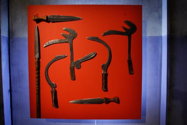 Deadliest_Warrior_Weapons_0002.JPG