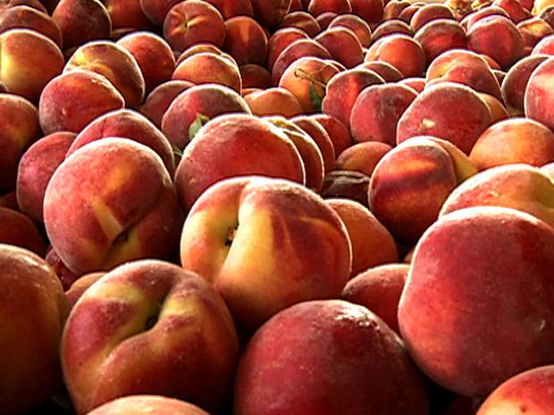 es_peaches_815.jpg