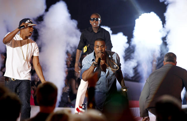 Jay Z Kanye West Get Surprise Visitor On Vma Stage Cbs News