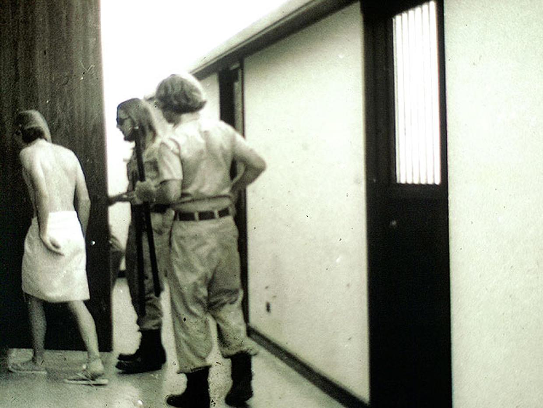 zimbardo stanford prison experiment essay