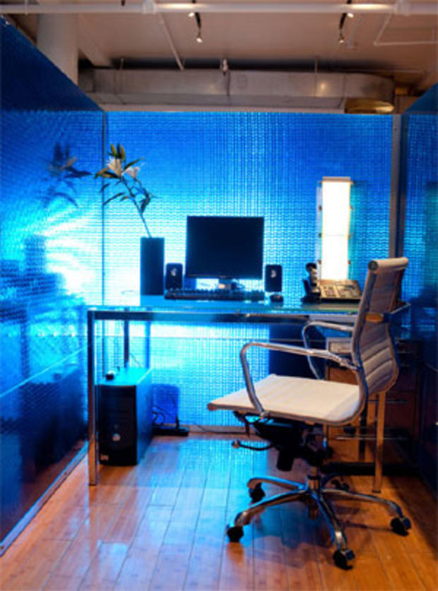 16-ice-cubicle.jpg