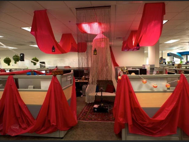 It S Christmas Time 25 Cubicles Cooler Than Yours