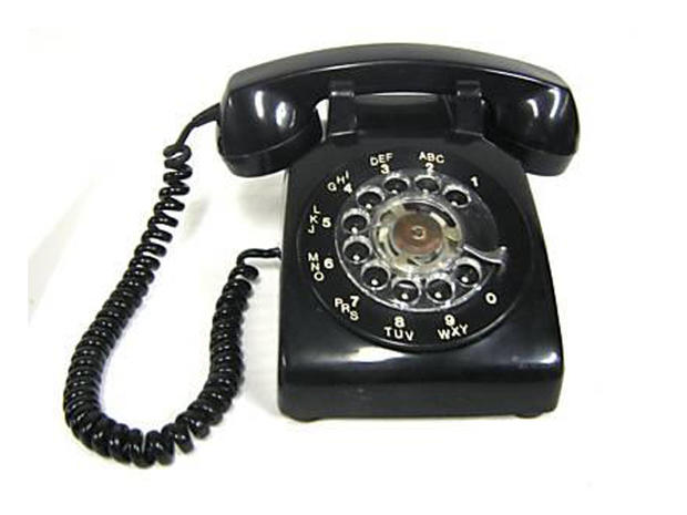 Rotary phone - 1950s - The evolution of telephones