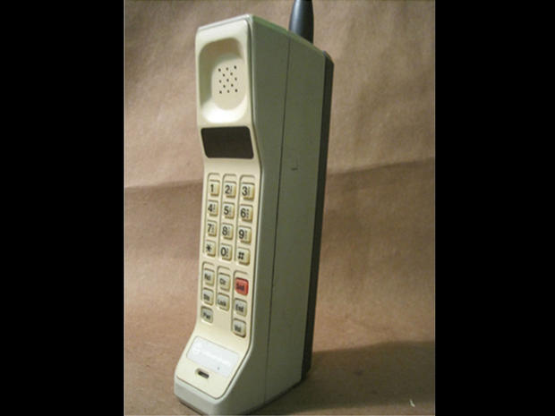 motorola 8000x. Motorola DynaTAC 8000X - 1983 The Evolution Of Telephones Pictures CBS News 8000x