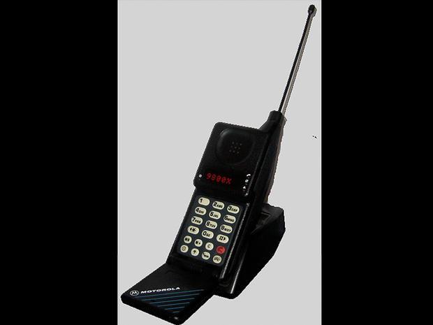1989-Motorola_MicroTAC_9800x.jpg