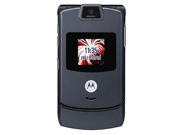 2004-MotorolaRazrv3.jpg