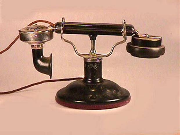 De Veau Desk Set - 1915