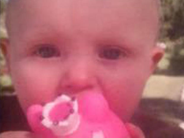 Kansas City police search for missing 10-month-old Lisa Irwin