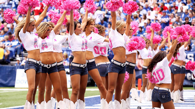 NFLpinkcheerleaders_1287646.jpg