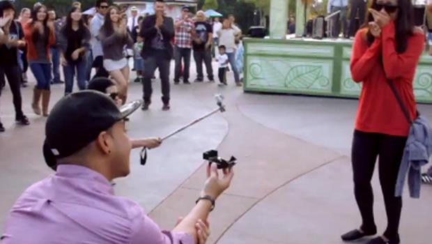 Disney Flashmob Wedding Proposal With Music And Dancing Cbs News