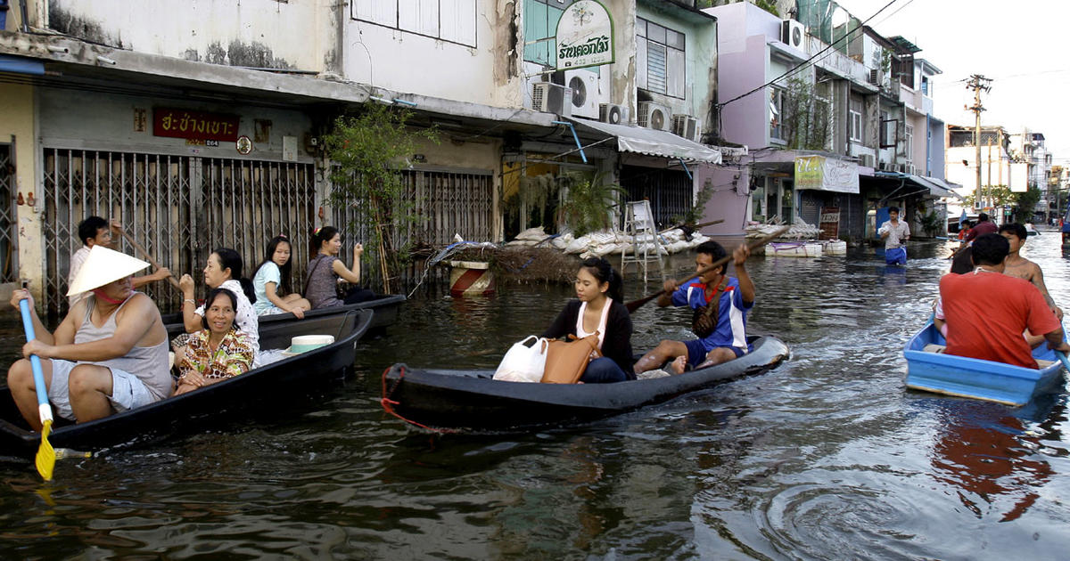 Thailand flood death toll passes 500 - CBS News