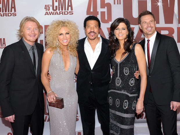 2011 CMA Awards arrivals