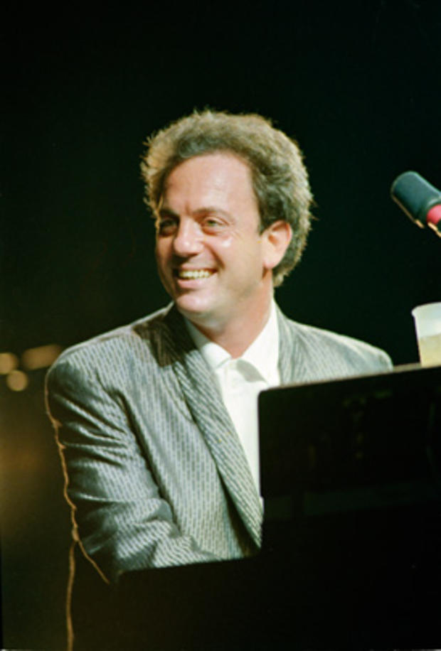 billy_joel_AP8710010151.jpg